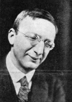 Alfred Döblin (n. 10 august 1878, Stettin - d. 28 iunie 1957, Emmendingen, lîngă Freiburg) scriitor german, considerat a fi unul din principalii reprezentanți ai expresionismului în literatură - foto - ro.wikipedia.org