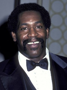 "Charles Aaron ""Bubba"" Smith (n. 28 februarie 1945 – d. 3 august 2011) atlet și actor american - foto - mymajicdc.hellobeautiful.com"