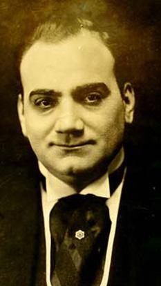 Enrico Caruso (n. 25 februarie 1873 – d. 2 august 1921) unul dintre cei mai faimoși tenori din istoria operei - foto - ro.wikipedia.org