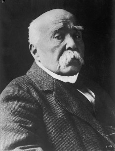 Georges Clemenceau (n. 28 septembrie 1841 - d. 24 noiembrie 1929) , politician francez, prim-ministru al Franței între anii 1906 - 1909 și 1917 - 1920, membru al Academiei Franceze din 1918  - foto: en.wikipedia.org