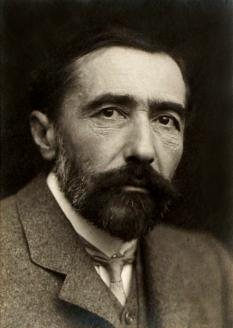 Joseph Conrad (născut Józef Teodor Konrad Korzeniowski, 3 decembrie 1857, Berdîciv, Imperiul Rus (acum Ucraina) - d. 3 august 1924, Bishopsbourne, Anglia, romancier englez,la origine polonez din Ucraina - foto - ro.wikipedia.org