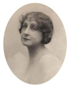 Lucia Sturdza-Bulandra (n. 25 august 1873, Iași - d. 19 septembrie 1961, București) renumită actriță de teatru din România - foto - cinemagia.ro