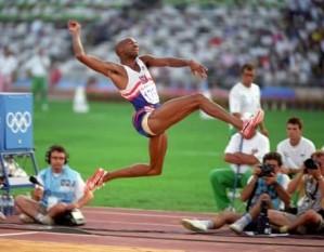 Michael Anthony Powell (n. 10 noiembrie 1963) la Philadelphia, atlet american - foto - pinterest.com