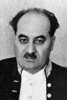 Nichifor Crainic (pseudonimul lui Ion Dobre, n 22 decembrie 1889, Bulbucata, județul Vlașca – d. 20 august 1972, Mogoșoaia) teolog, scriitor, poet, ziarist, politician, editor, filosof român și important ideolog rasist - foto - ro.wikipedia.org