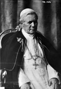 Papa Pius al X-lea, născut Giuseppe Melchiorre Sarto, (n. 2 iunie 1835, Riese, Italia - d. 20 august 1914, Vatican) Papă din 1903 până în 1914 - foto - ro.wikipedia.org