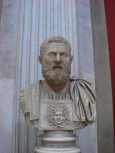Publius Helvius Pertinax (1 august 126 - 28 martie 193) proclamat împărat roman la 1 ianuarie 193 și a domnit până în 28 martie 193 - foto - ro.wikipedia.org