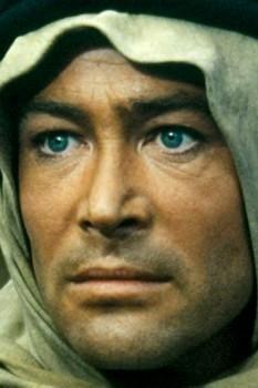 Peter Seamus Lorcan O'Toole (2 august 1932 - 14 decembrie 2013) actor englez de origine irlandeză, cunoscut pentru rolurile sale memorabile de film, de scenă și de voce - foto - ro.wikipedia.org