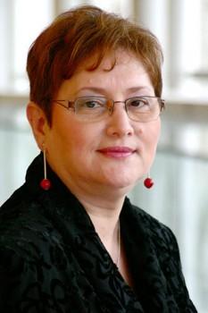 Renate Weber (n. 3 august 1955, Botoșani) juristă din România care, la alegerile pentru Parlamentul European din 2007, a fost aleasă eurodeputat din partea PNL, iar la alegerile din 2009 a câștigat un nou mandat de europarlamentar, pe lista aceluiași partid - foto - ro.wikipedia.org
