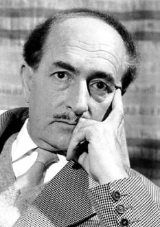 Salvatore Quasimodo (n. 20 august 1901, Modica, Sicilia - d. 14 iunie 1968, Napoli) poet și traducător italian. Considerat unul dintre cei mai notabili poeți italieni ermetici, a devenit laureat al Premiului Nobel pentru Literatură în 1959 - foto - ro.wikipedia.org
