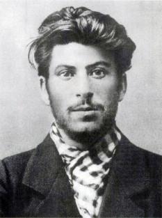 Stalin (1902) - foto - marturiilehierofantului.blogspot.ro
