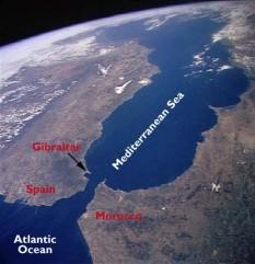 Strâmtoarea Gibraltar - foto - worldatlas.com