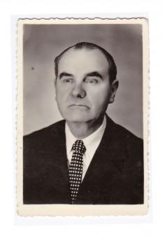 Alexandru Bardieru (n. 13 mart. 1913, Nesfoaia, fost jud. Hotin; d. 22 sept. 1994, Botoșani), prozator, folctorist si publicist român - foto: ro.wikipedia.org
