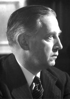 Sir Edward Victor Appleton, GBE (n. 6 septembrie, 1892 – d. 21 aprilie, 1965) fizician englez. A făcut studii asupra fizicii ionosferei și a primit Premiul Nobel pentru fizică (1947) - foto - ro.wikipedia.org