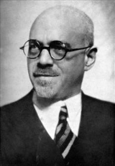 Enrico Bompiani (n. 12 februarie 1889 la Roma – d. 22 septembrie 1975 la Roma) a fost un matematician italian. A fost membru de onoare al Academiei Române și a altor foruri științifice din Liège, Viena, Bruxelles și unul dintre fondatorii Uniunii Internaționale de Matematică - foto: it.wikipedia.org