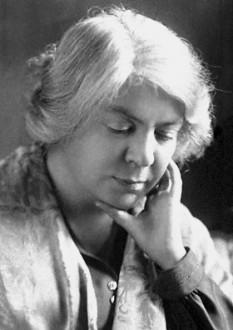 Grazia Deledda (n. 27 septembrie 1871, Nuoro, Sardinia — d. 15 august 1936), scriitoare italiană, laureată a Premiului Nobel pentru Literatură în anul 1926 - foto: ro.wikipedia.org