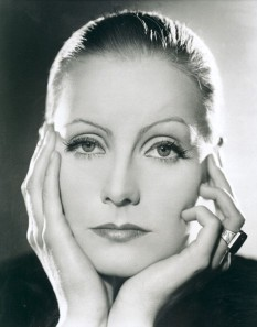 Greta Lovisa Gustafsson, cunoscută ca Greta Garbo (n. 18 septembrie 1905, Stockholm — d. 15 aprilie 1990, New York) actriță suedeză - foto: dailymail.co.uk