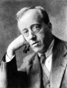 Gustav Theodore Holst (born Gustavus Theodore von Holst; 21 September 1874 – 25 May 1934) was an English composer, arranger and teacher - foto - :Gustav Holst, circa 1921 (photograph by Herbert Lambert) en.wikipedia.org