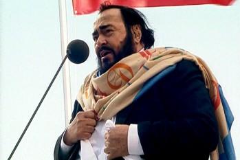 Luciano Pavarotti (n. 12 octombrie 1935, Modena - d. 6 septembrie 2007, Modena) celebru tenor al secolului XX - foto: ro.wikipedia.org