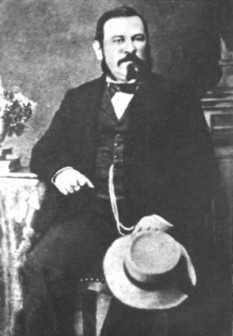 Nicolae Filimon (n. 6 septembrie 1819, București — d. 19 martie 1865) prozator român, faimos pentru că l-a creat pe Dinu Păturică, eroul primului roman realist românesc, un arivist din stirpea lui Julien Sorel - foto - ro.wikipedia.org
