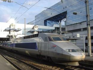TGV în gara din Rennes - foto: ro.wikipedia.org