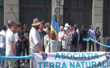 Protest împotriv legii antilegionare, 4 septembrie 2015 (Florin Chirilă) - foto - epochtimes-romania.com