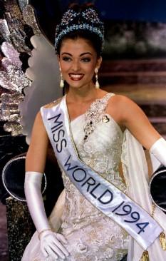 Aishwarya Rai Bachchan (n. Aishwarya Rai, și, uneori, cunoscută doar ca Ash sau Aish, Tulu: ಐಶ್ವರ್ಯಾ ರೈ, 1 noiembrie 1973) este o actriță și fotomodel indian, Miss World 1994 foto: ibtimes.co.uk