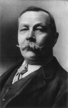 Sir Arthur Conan Doyle (n. 22 mai 1859 - d. 7 iulie 1930), romancier britanic, celebru pentru a-l fi creat pe Sherlock Holmes - primul detectiv care apare într-o serie de romane poliţiste. foto: ro.wikipedia.org