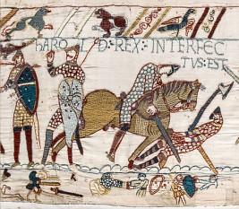 Bătălia de la Hastings a fost lupta decisivă după care normanzii au finalizat cucerirea normandă a Angliei  - foto - Moartea regelui Harold Godwinson în Bătălia de la Hastings, (imagine din Tapiseria de la Bayeux): ro.wikipedia.org