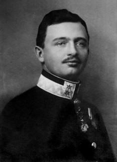 Carol I al Austriei sau Carol al IV-lea al Ungariei (n. 17 august 1887, Castelul Persenbeug, Austria Inferioară - d. 1 aprilie 1922, Funchal), născut Karl Franz Josef Ludwig Hubert Georg Maria - din dinastia Habsburg-Lorena, ultimul împărat al Austriei (1916 - 1918) și totodată ultimul rege al Ungariei (sub numele de Carol al IV-lea), ultimul rege al Boemiei (sub numele de Carol al III-lea) - foto - ro.wikipedia.org