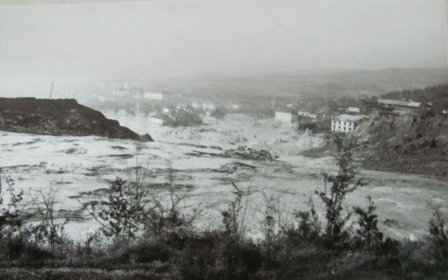 Certej (30 octombrie 1971) - Ruperea digului a dezlănţuit dezastrul -  foto preluat de pe adevarul.ro