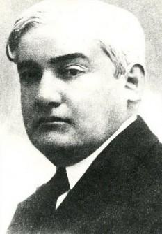 Eugen Lovinescu (n. 31 octombrie 1881, Fălticeni - d. 16 iulie 1943, București) a fost un critic și istoric literar, teoretician al literaturii și sociolog al culturii, memorialist, dramaturg, romancier și nuvelist român, si critic literar. Este autorul teoriei Sincronismului și al Mutației valorilor estetice. În ciuda valorii sale incontestabile, a faptului că și-a susținut doctoratul la Paris cu Emile Faguet, a ocupat doar o catedră de profesor de latină la liceul Matei Basarab din București, fost profesor al Colegiului Național Mihai Viteazul din București. Este tatăl criticului Monica Lovinescu și unchiul prozatorului Anton Holban, al dramaturgului Horia Lovinescu și al criticului literar și specialistului în ocultism Vasile Lovinescu - foto: preluat de pe ro.wikipedia.org