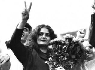 Leonida Lari-Iorga (n. 26 octombrie 1949, Bursuceni, RSS Moldovenească, URSS - d. 11 decembrie 2011, Chișinău, Republica Moldova), poetă, publicistă, scriitoare, activistă om politic și militantă pentru reunirea Basarabiei cu România - foto: cersipamantromanesc.wordpress.com