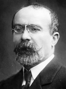 Jean Louis Barthou (n. 1862 - d. 1934), avocat și om politic francez, membru de onoare al Academiei Române. În decursul vieții sale, Barthou a deținut importante portofolii ministeriale și a fost ales membru al Academiei Franceze în 1918 - foto: ro.wikipedia.org