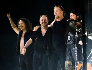 """Metallica este o formație de heavy metal din Los Angeles, California, SUA. A luat ființă în anul 1981, reușind să vândă peste 100 de milioane de discuri în toată lumea. Succesul comercial a făcut din Metallica o formație foarte controversată. Face parte din """"Big Four of Thrash"""" alături de Slayer, Megadeth și Anthrax foto: ro.wikipedia.org"""