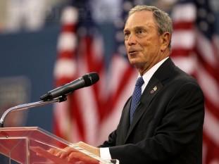 Michael Rubens Bloomberg (n. 14 februarie 1942), magnat financiar, politician și filantrop american. El a fost al 108-lea primar al orașului New York, fiind în funcție pentru 3 mandate consecutive din 1 ianuarie 2002 până în 31 decembrie 2013. Cu o avere netă de 31 miliarde $, el este a zecea cea mai bogată persoană din Statele Unite și a 13-a din lumea - foto: mediafax.ro
