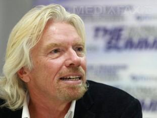 Richard Branson (n. 18 iulie 1950, Blackheath, Londra), om de afaceri britanic, unul dintre cei mai admirati oameni de afaceri din Marea Britanie. În anul 2011, Branson era al cincilea cel mai bogat om din Regatul Unit, cu o avere de aproximativ 4,2 miliarde dolari - foto: mediafax.ro