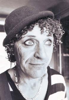 Siminică (31 octombrie 1936, București), artist și acrobat român. Considerat cel mai celebru comic al Circului românesc foto: ro.wikipedia.org
