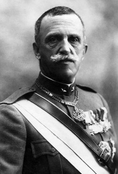 Victor Emmanuel III (11 November 1869 – 28 December 1947) was the King of Italy from 29 July 1900 until his abdication on 9 May 1946. In addition, he claimed the thrones of Ethiopia and Albania as Emperor of Ethiopia (1936–41) and King of the Albanians (1939–43), which were not recognised by all great powers. During his long reign (45 years), which began after the assassination of his father Umberto I, the Kingdom of Italy became involved in two World Wars. His reign also encompassed the birth, rise, and fall of Italian Fascism foto (Portrait in 1919): en.wikipedia.org