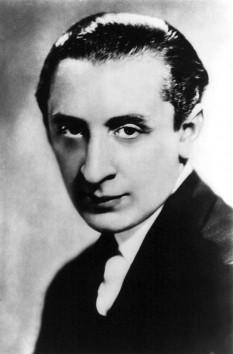 Vladimir Horowitz (născut Vladimir Samoilowitsch Gorowitz; 1 octombrie 1903 (sau 1904) în Berdicev, Ucraina; d. 5 noiembrie 1989 în New York), pianist evreu american născut în Ucrain - foto: ro.wikipedia.org