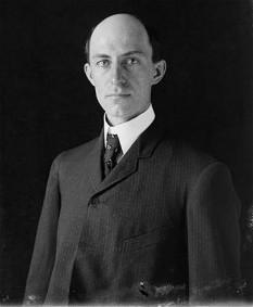 Wilbur Wright (n. 16 aprilie 1867, Melville, Indiana - d. 30 mai 1912, Dayton, Ohio, SUA) - foto: ro.wikipedia.org