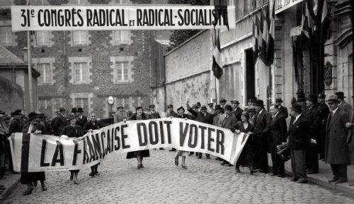 Manifestaţie pentru dreptul femeilor la vot, Franţa, 1934. Foto: AFP (preluat de pe: catchy.ro)