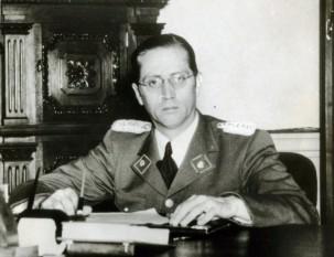 Carlos Román Delgado Chalbaud Gómez (n. 20 ianuarie 1909, Caracas, Venezuela - d. 13 noiembrie 1950, Caracas, Venezuela), militar și om politic, președintele Venezuelei în perioada 24 noiembrie 1948-13 noiembrie 1950, când a fost asasinat - foto: ro.wikipedia.org