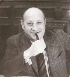 Cezar Lăzărescu (n. 3 octombrie 1923, București - d. 27 noiembrie 1986, București): arhitect român a cărui activitate profesională a combinat munca de arhitect cu cea de urbanist, două laturi pe care le considera indisociabile foto: snipview.com