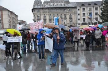 Marș anti-nuclear la Craiova (23 noiembrie 2015) - foto: romaniacurata.ro