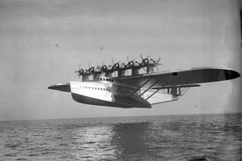 Dornier Do X, a fost cel mai mare, mai greu și mai puternic hidroavion din lume, la data introducerii sale în Germania de către compania Dornier Flugzeugwerke (1929) - foto: ro.wikipedia.org