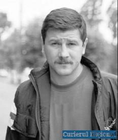 Francisc Vaștag, în maghiară Vastag Ferenc, (n. 26 noiembrie 1968, Reșița, Caraș-Severin), sportiv maghiar din România, primul boxer român care a câștigat centura supremă în categoria sa - foto: snipview.com