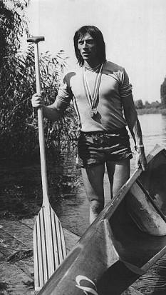 Ivan Patzaichin (n. 26 noiembrie 1949, Mila 23, Tulcea), fost canoist român, cvadruplu laureat cu aur la Jocurile Olimpice de vară din 1968, 1972, 1980 și 1984 și triplu laureat cu argint. Este lipovean - foto: ro.wikipedia.org
