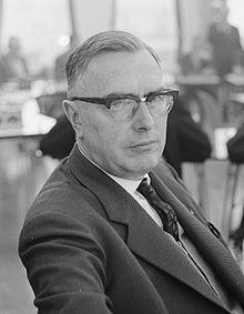 Machgielis (Max) Euwe (n. 20 mai 1901 — d. 26 noiembrie 1981), mare maestru internațional olandez de șah și fost campion mondial (1935-1937) - foto: en.wikipedia.org