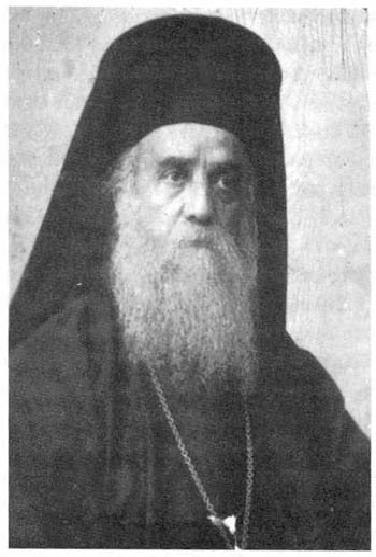 Sfântul ierarh Nectarie (1846-1920), făcătorul-de-minuni din Eghina (Egina), a fost Mitropolit al Pentapolei (Libia), director al Seminarului Rizareios şi întemeietor al Mănăstirii Sfânta Treime, în insula Eghina. Cultul său ca sfânt al Bisericii a fost oficial recunoscut de Patriarhia Ecumenică din Constantinopol în anul 1961. Prăznuirea sa se face în ziua de 9 noiembrie - foto: /ro.orthodoxwiki.org
