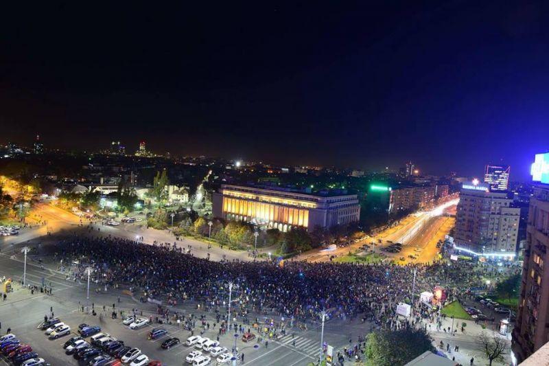Protest - Bucuresti - 3 noiembrie 2015 foto: romaniacurata.ro
